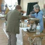 サービスコーナでは高梁紅茶、広兼宇治茶、コーヒー、ゆで卵等でお接待しました。