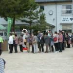 こちらも先着200名のマツタケ汁の無料サービスのブース
